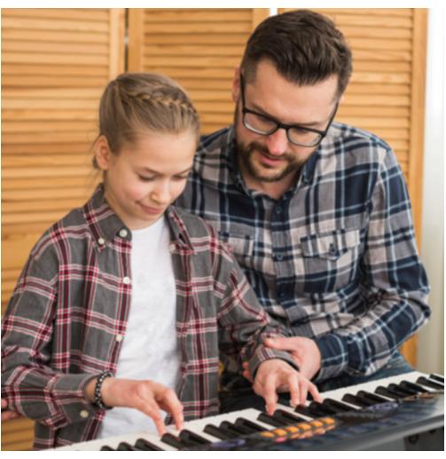 Clase de Piano en Familia