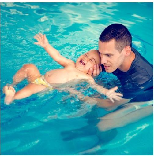 Piscina con bebé (Oviedo,...