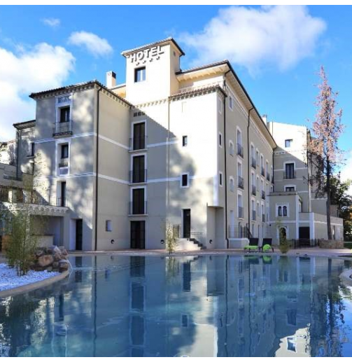 Fachada hotel balneario Alhama de Aragón